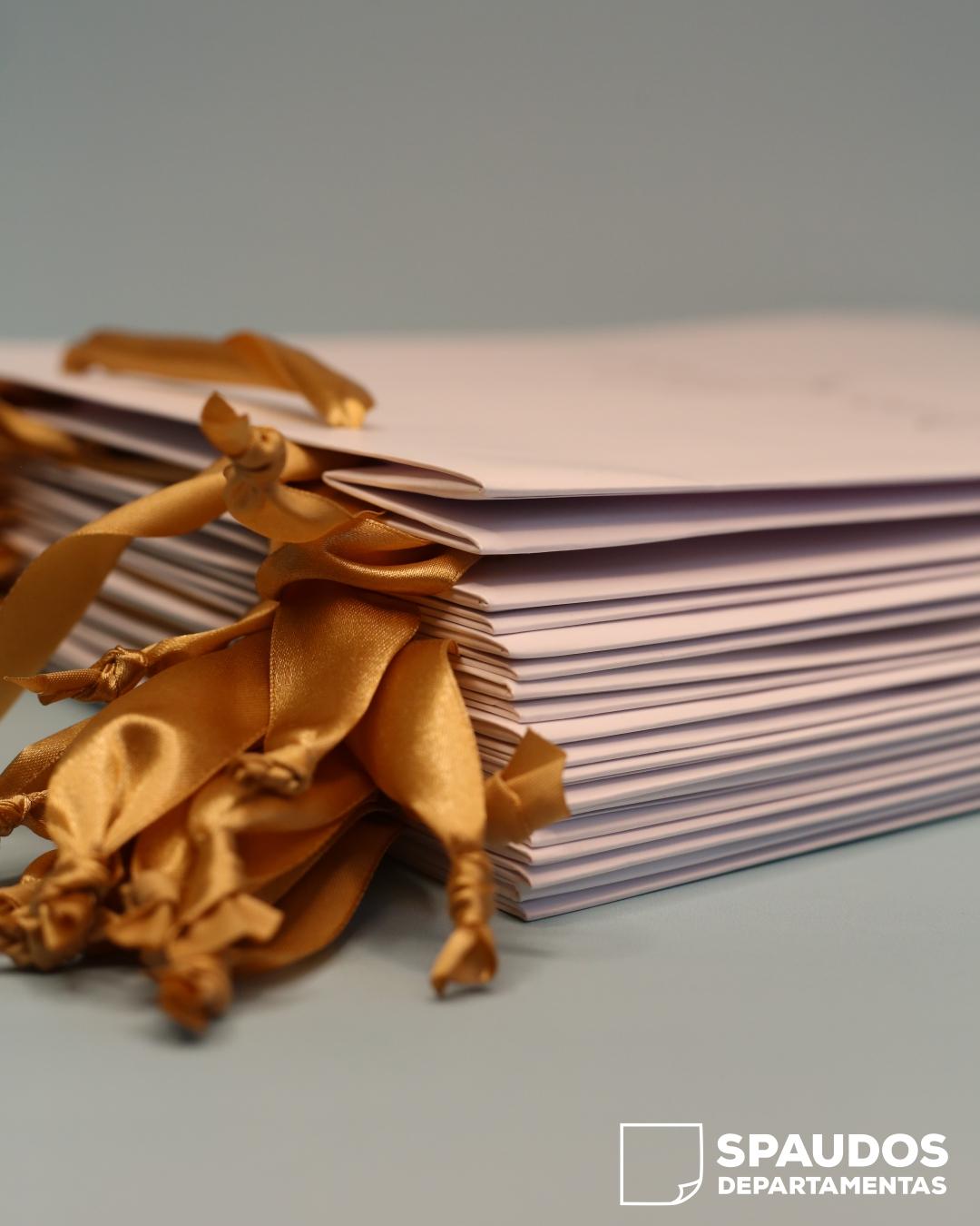 Popierinių maišelių rankenelės