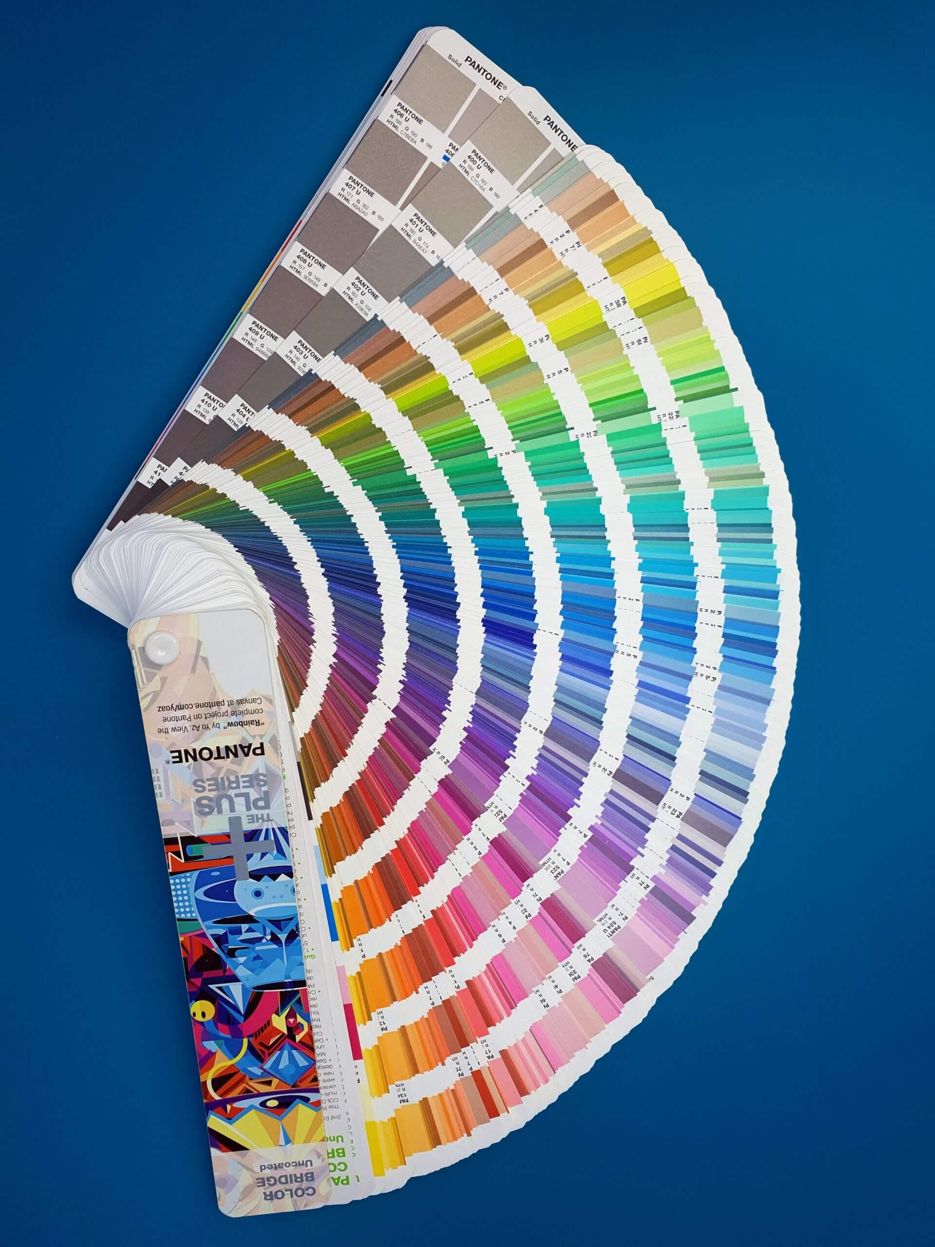 Pantone spalvų paletė